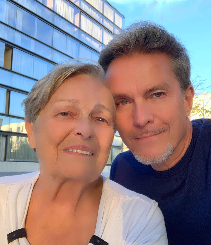 Alfons mit Mama Anna